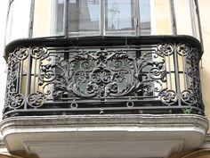 Wrought Iron Handrail, Iron Handrails, Iron Stair Railing, Railings, Main Gate Design, Door Gate Design, Window Design, Metal Driveway Gates, Iron Garden Gates