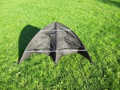 Picture of Build a delta kite from an umbrella