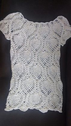 Saída de praia em crochê, super versátil, serve como vestido (é só usar uma peça por baixo como forro) Linha 100% algodão Na cor desejada A cor da foto è cru
