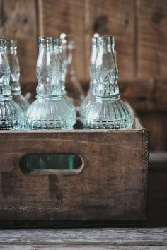 Beautiful glass bottles—wonder what was in them, as I've never seen this style before❣ Jars-sklyanochki