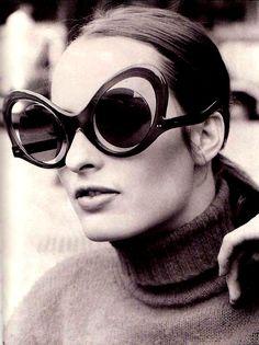 4d3b43163d5003 vintage sunglasses Sports Sunglasses, Trending Sunglasses, Vintage  Sunglasses, Oakley Sunglasses, Sunglasses Online