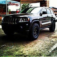 2011 Jeep Grand Cherokee lifted