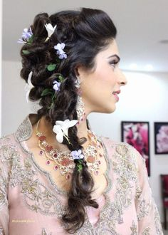 Elegant Updos for Wedding Luxury 46 Unique Wedding Hairstyles Updo with Bridesmaid Hair Short Wedding Hair, Wedding Hair Flowers, Wedding Hairstyles For Long Hair, Formal Hairstyles, Wedding Updo, Relaxed Hairstyles, Wedding Cake, Medium Hair Styles, Curly Hair Styles