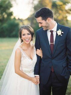 Navy Fall Weddings, Navy Wedding Colors, Purple Wedding, Dark Blue Wedding Suit, Navy And Burgundy Wedding, Vintage Weddings, Romantic Weddings, Perfect Wedding, Dream Wedding