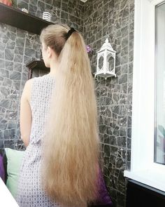 This one got her ends done. Nice one Long Red Hair, Very Long Hair, Big Hair, Long Ponytail Hairstyles, Long Hair Ponytail, Haircut For Thick Hair, Cut My Hair, Beautiful Long Hair, Gorgeous Hair