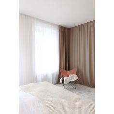 Bedroom interior design ideas, how to use curtains in the bedroom, curtains as room dividers, bed drapes Wall Drapes, Bed Drapes, Bedroom Drapes, Home Bedroom, Bedroom Wall, Bedroom Decor, High Curtains, Light Bedroom, Modern Curtains