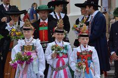 Val Gardena in costume   #TuscanyAgriturismoGiratola