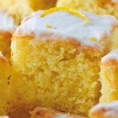 Recipe Print Tangy lemon drizzle cake recipe - All recipes UK Tray Bake Recipes, Easy Cake Recipes, Sweet Recipes, Baking Recipes, Dessert Recipes, Sponge Cake Recipes, Easy Lemon Sponge Cake Recipe, Lemon Recipes, Savoury Cake