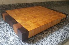 End grain cutting board made with ivory and brazilian walnut.  Tábua de corte feita de marfim e imbuia.  385 x 272 x 40 mm / 3200 g #diy #woodwork #woodworking #woodworking #madebyme #wood #cuttingboard #endgrain #endgraincuttingboard #cuisine #cuisiner #butcherblock #kitchen #cooking #theartofcooking #homedecor #homedesign #cozinha #chef #chefs #goodeats #woodshop #design #designer #interiordesigners #interiordesign