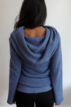 Souchi Hand Loomed Claudia Cashmere Cowl Neck Sweater. Do they have a cotton Target knockoff that isn't 686 dollars?