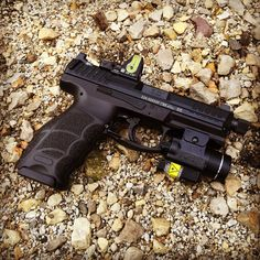 HK VP9 with RMR by Odin Arms Find our speedloader now! http://www.amazon.com/shops/raeind