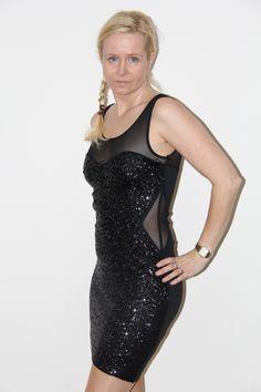 Relish jurk, met zwarte pailletten. | FASHION OBSESSION