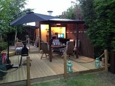 Pub-Sheds Quickly Becoming… Hot Trend in Backyard Entertainment -