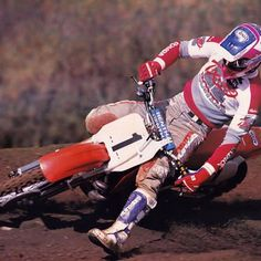 Six time AMA National and Supercross champion Jeff Stanton showing excellent form for Kinney Jones's camera in 1990. #FastFarmBoy #TX10 #RideRed #Motocross #Supercross #BadMoFo #90smoto