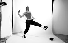 Just Dance: Deep in Vogue New York ballroom legend Dashaun Wesley proves Paris is burning brighter than ever Vogue Dance, Vogue New York, Paris Is Burning, Vogue Photoshoot, All Things Fabulous, Poses References, Dance Photography, Just Dance, Glam Rock