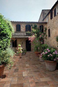 #Dado #Tavellone Vecchia Firenze Outside 15,3x31 cm TVN011 | #Porcelain stoneware #cotto #15,3x31 | on #bathroom39.com at 20 Euro/sqm | #tiles #ceramic #floor #bathroom #kitchen #outdoor