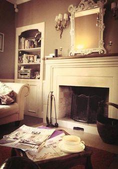 Început de weekend la vila #PoemBoem. Vreme pentru relaxare și momente savurate încet. Beautiful living is a choice. We owe it to ourselves. www.poemboem.com Home, Decor, Fireplace, Villa