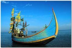 Fishing boat of St' Martins Island [Teknaf - Cox's Bazar, Bangladesh] by - Ariful H Bhuiyan -, via Flickr