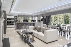 Modern Luxury Kitchens For A Grand Kitchen Luxury Kitchen Design, Luxury Kitchens, Modern House Design, Kitchen Designs, Luxury Homes Interior, Luxury Home Decor, Home Interior Design, Grand Kitchen, Kitchen Family Rooms
