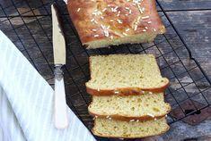 Brioche Légère et Express WW, recette d'une bonne brioche fondante et moelleuse et l'extérieur croustillant, très facile à faire et idéale pour le petit-déjeuner ou le goûter.