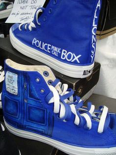 Tardis hightops?? I need this!!!