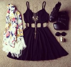 Black cut out dress with floral scarf and wedges @beachbeauty18