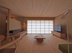 昨日は住宅デザイン学校の姫路ツアー&設計講座の第1回目の講義。 70人の参加者のはずが いつのまにか100人近い参加者になっていました(ヤマヒロさんが...