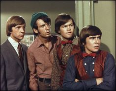 Davy Jones,Mickey Dolenz, Mike Nesmith and Peter Tork - loved these Monkees!! Mickey Dolenz, Michael Nesmith, Davy Jones, Great Memories, My Childhood Memories, Childhood Movies, Nostalgia, The Monkees, Beatles