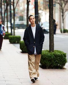 Indie Fashion, Fashion Books, Grunge Fashion, Streetwear Mode, Streetwear Fashion, Older Mens Fashion, Japan Outfit, Fashion Silhouette, Japanese Street Fashion