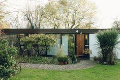 A Modest Midcentury Dwelling for UK Designer David Mellor