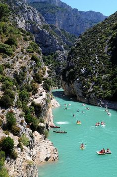 France Gorges du Verdon, the Grand Canyon of France!!! Gorgeous!! http://www.beyond.fr/sites/verdon.html