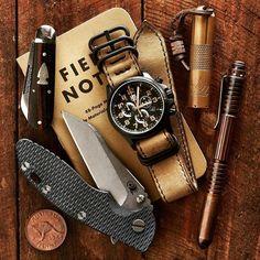 From @stefango_  Some gear  #hinderer #knife #bulletjack #pocketknife #luminox #watch #fieldnotes #lenslight #flashlight #hindererpen #edc #everydaycarry #knifeporn #watchporn #pocketdump