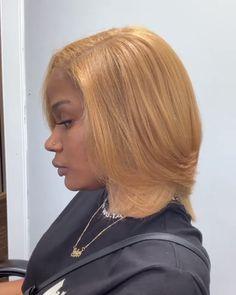 Pressed Natural Hair, Blonde Natural Hair, Blonde Hair Black Girls, Honey Blonde Hair, Honey Brown Hair, Girls Natural Hairstyles, Trendy Hairstyles, Natural Hair Styles For Black Women, Hair Laid