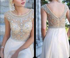 White prom dress #coniefox #2016prom