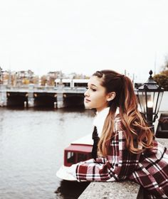 Ariana Grande | Inspiration for Photography Midwest | photographymidwest.com | #pmw #photographymidwest