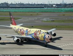 Going to Disney World. Wrap Advertising, Mobile Advertising, Airplane Humor, Airplane Painting, Jumbo Jet, Aircraft Painting, Airplane Design, Funny Ads, Commercial Aircraft