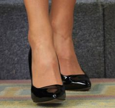 Queen Letizia of Spain meets Medical and Scientific personalities at the Zarzuela Palace on June 2, 2016 in Madrid, Spain. Shoe detail, bespoke black patent straight-vamp pumps by Magrit.