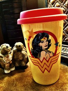 Wonder Woman Coffee  I needs me one of these to match the drink cup I already have.