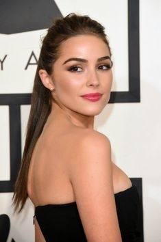 Olivia Culpo in a strapless black dress at the 2015 Grammy Awards in Los Angeles - My Face Hunter