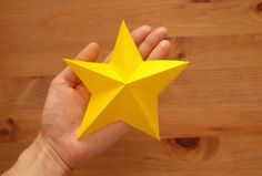 折り紙1枚でできる!立体星(3種類)&ガーランドの作り方 | 暮らしクリップ Origami, Origami Paper, Origami Art