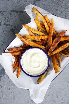 Wholehearted Eats : Harissa Fries with Cashew Mayo