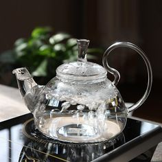 But seriously, I would break this 😉 Glass tea kettle…beautiful. Chocolate Pots, My Tea, Kitchen Items, Kitchen Decor, High Tea, Afternoon Tea, Cool Kitchens, Tea Time, Dinnerware