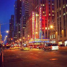 Radio City #Classic #NYC #taxis