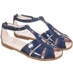 Girls navy blue patent leather sandals by Mayoral. These smart sandals have a part open toe and an adjustable ankle strap that secures with velcro. They have a cushioned leather lining and non-slip rubber soles.