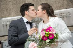 Hochzeitsfotos von klassich bis ausgeflippt, aber immer mit Stil und Charme.