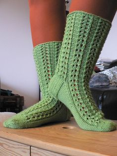 Pattern available only in Finnish (at the moment, at least - permission to translate granted happily). Socks, Pattern, Knitting Ideas, Photos, Diy, Sock Knitting, Pictures, Build Your Own, Bricolage