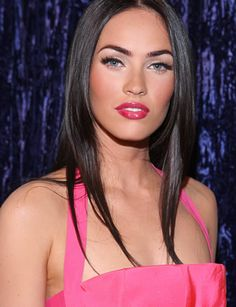 I love how Megan Fox can look so timeless and sexy at the same time.