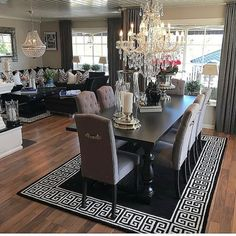 Home Decor Interior Designs Dining Room Table Decor, Elegant Dining Room, Luxury Dining Room, Dining Room Design, Home Living Room, Living Room Decor, Dining Room Inspiration, Home Interior Design, House Design