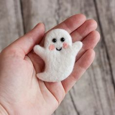 Items similar to Ghost brooch Spook pin Halloween jewelry Felt spirit Hand Felted Brooch Unique gift Autumn gift boogie on Etsy Felt Diy, Handmade Felt, Felt Crafts, Fabric Crafts, Handmade Dolls, Halloween Ornaments, Halloween Crafts, Halloween Jewelry, Halloween Felt