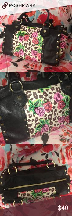 New Betsey Johnson Cheetah Floral Handbag Only used once or twice, not my style anymore. Betsey Johnson Bags Shoulder Bags